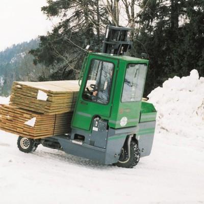 Combilift C-Serie im Schnee